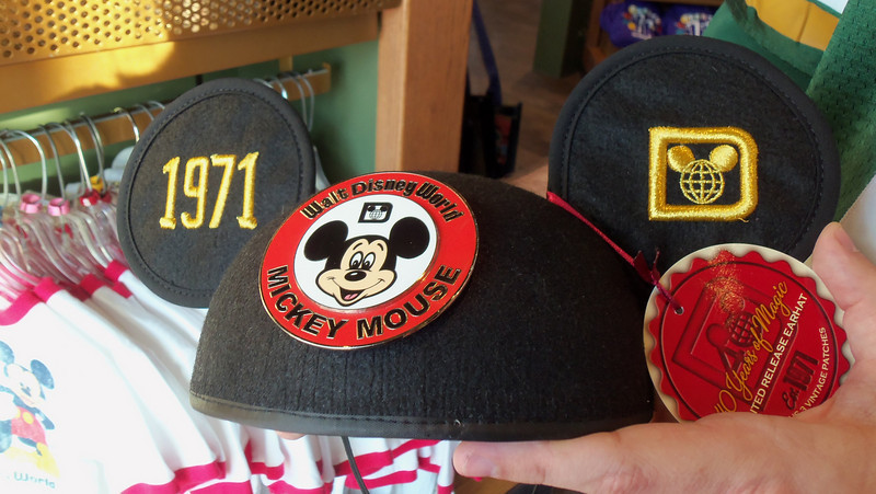 40th anniversary Mickey Ears! Comes with 3 patches. Gotta shell out $80 for this beauty!
