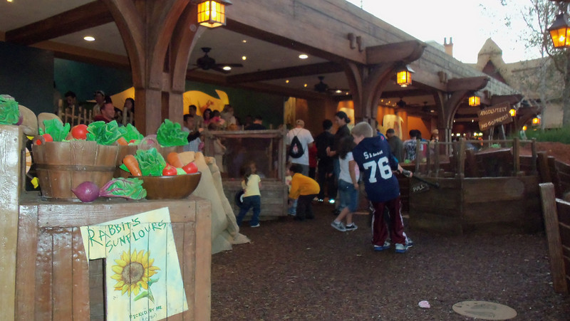 Play area now open in Winnie The Pooh queue. Seems to slow the line a bit though!
