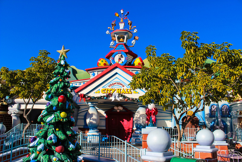 Toontown City Hall.