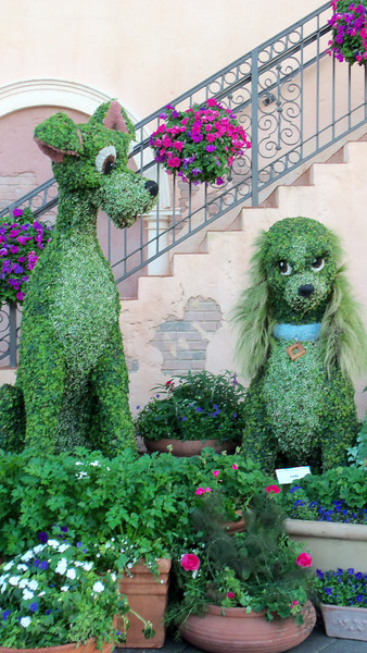 New Lady & The Tramp topiaries